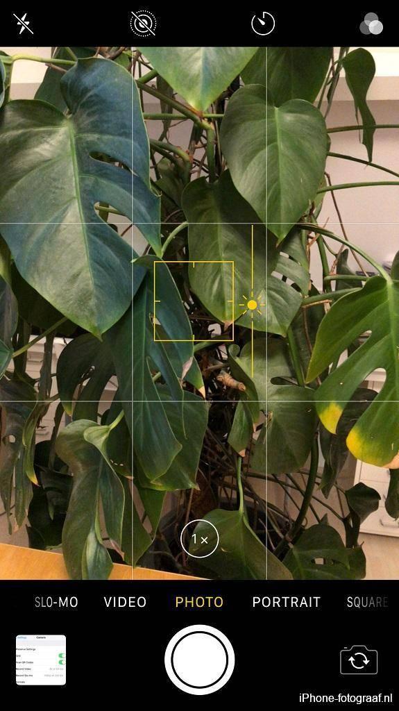 iphone camera app AE/AF lock